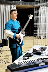 Želimir_Schauer - elektronika, bas gitara